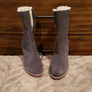 Saks Fifth Avenue Boots Gray Suede  Sz10M NEW